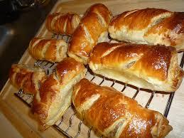 kids party food ideas sausage rolls